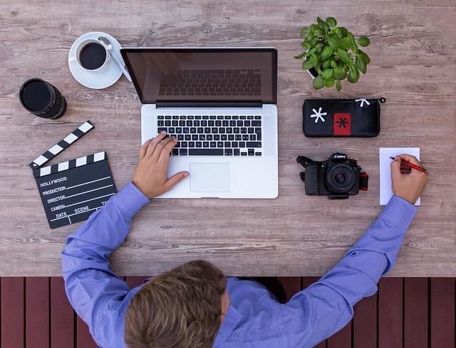 Consigli di concorso per sceneggiatori