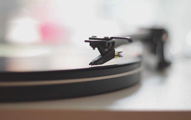 Il rock vintage non suonerà più lo stesso dopo averlo ascoltato su vinile