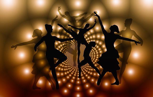 Classi di danza classica indiana – Allenatore di Bharatnatyam